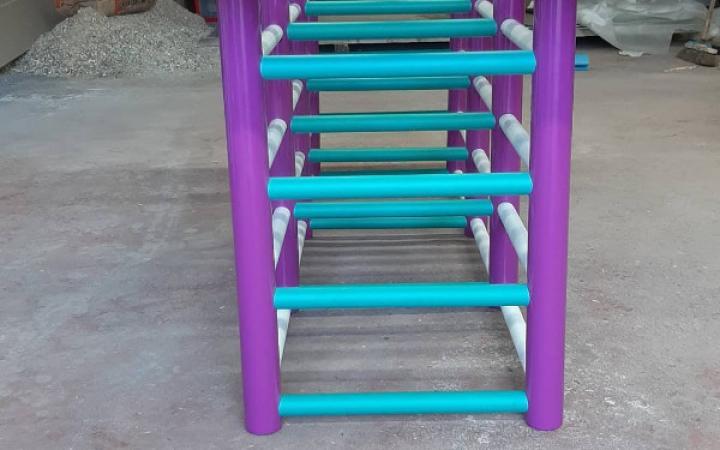 Table tubulaire / Création artiste
