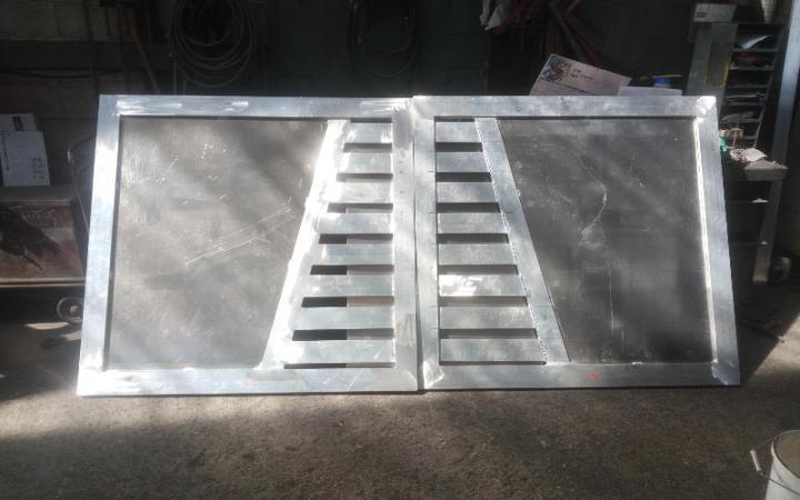 Remplacement d'un portail ¨PVC par un portail alu de même modèle